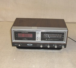 Zenith Digital Clock Radio
