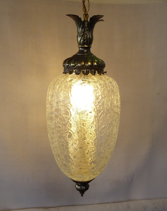 Crackle Glass Swag Lamp