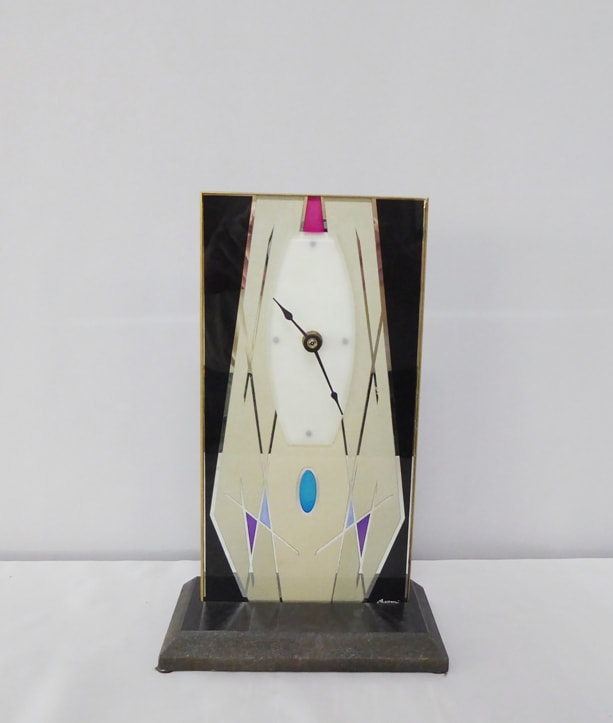 Geometric Art Mirror Clock