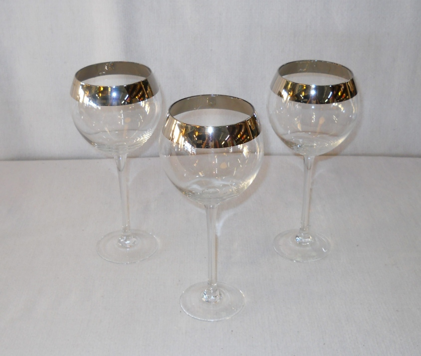 Tall Red Wine Glasses