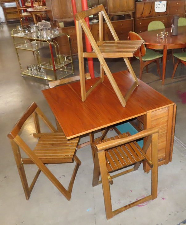 Drop-Leaf Table Romania