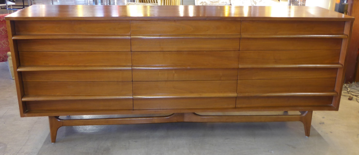 credenza young manufacturin