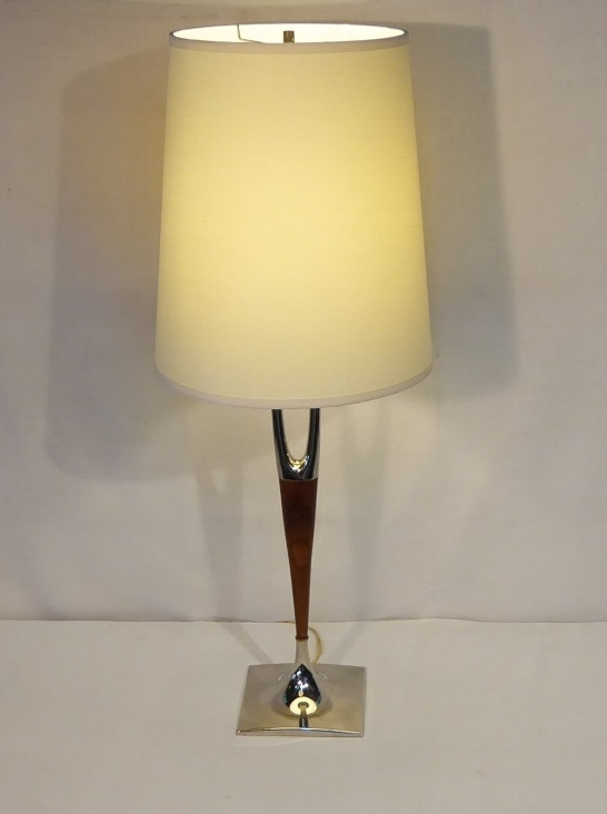 Laurel Wishbone Table Lamp
