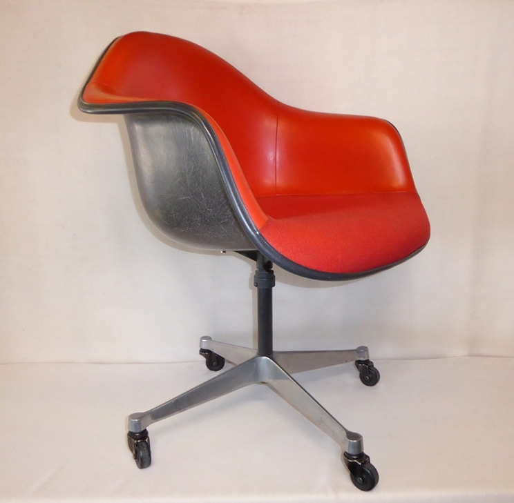 Beau Eames Herman Miller Chair