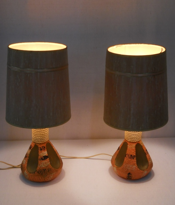 Small Lamps Tiki