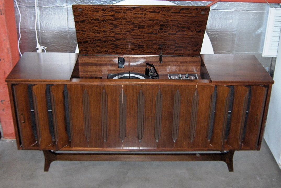 Vintage Stereo Cabinet With Turntable - Table Designs
