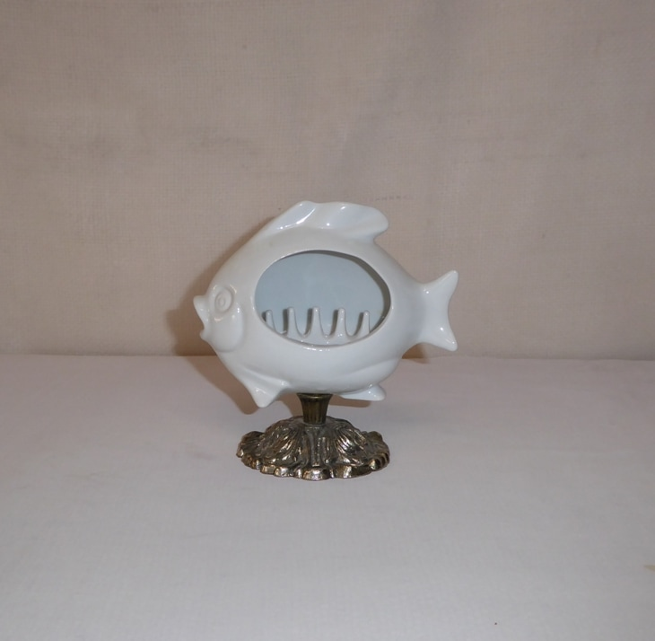 Porcelain Fish Ashtray Stand